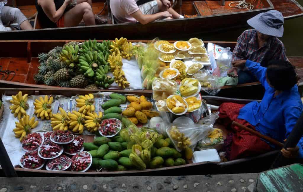 Street food Thailand floating market